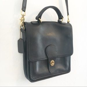 Vintage COACH Classic Black Leather Station Bag